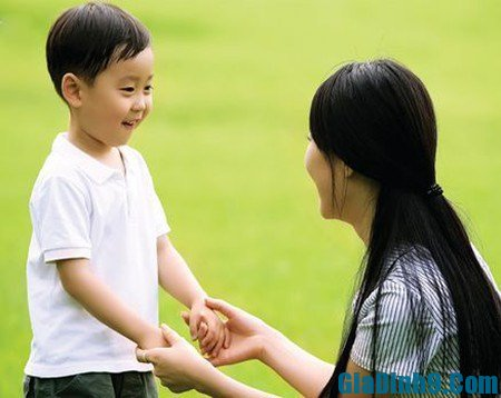 Nên dạy trẻ biết cách chia sẻ ngay từ khi còn nhỏ