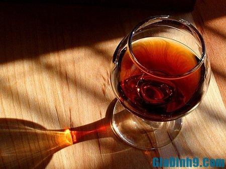 Uống rượu là cách tăng cường ham muốn tình dục
